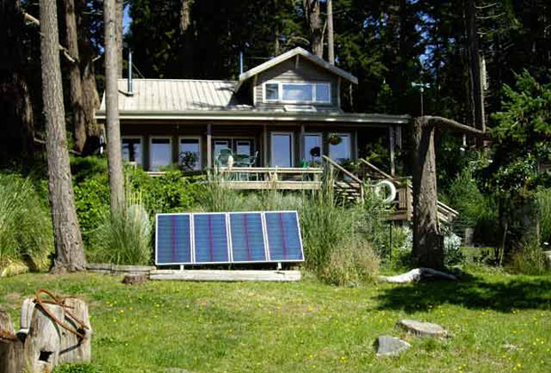 living off grid using solar panels