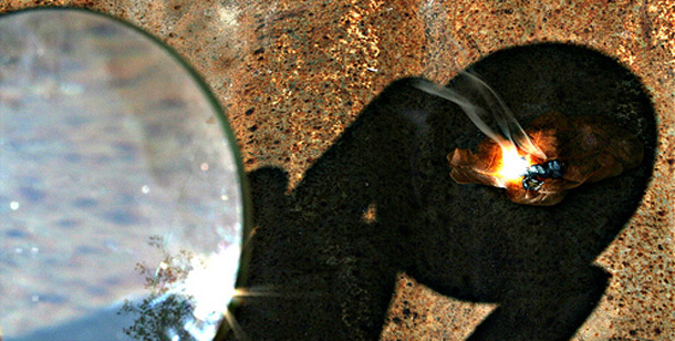 magnifying glass fire starting